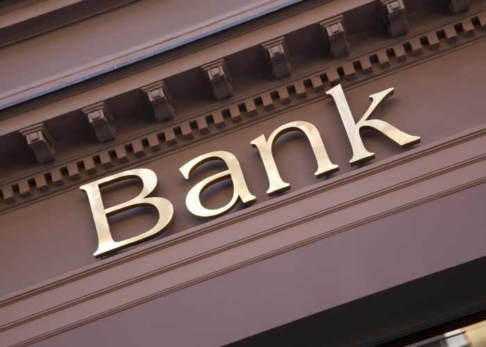 bank-sign-bank-insurance